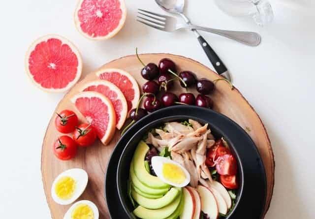 kersen, grapefruit, eieren, avocado, vlees