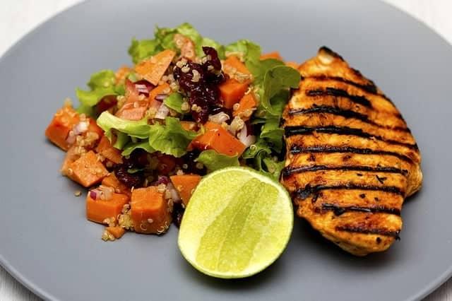 gegrild vlees met groenten