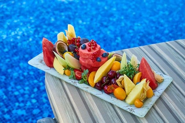 fruitschaal, zwembad