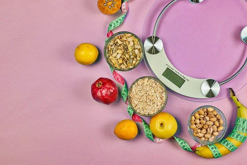 keukenweegschaal en gezonde voeding (granen, fruit) class=