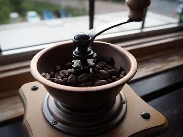 koffiebonen in de molen